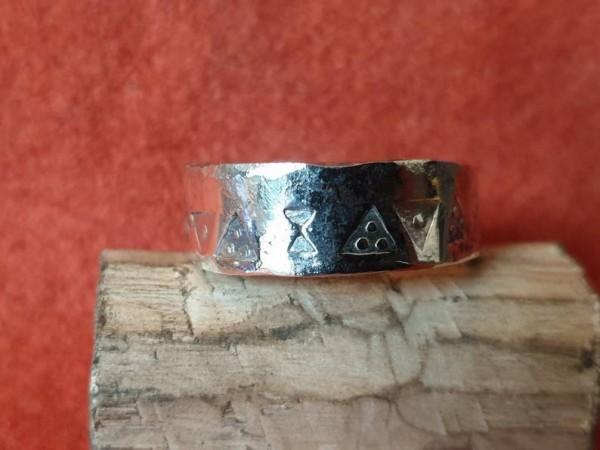 Wikinger Finger - Ring aus Silber, Modell 1