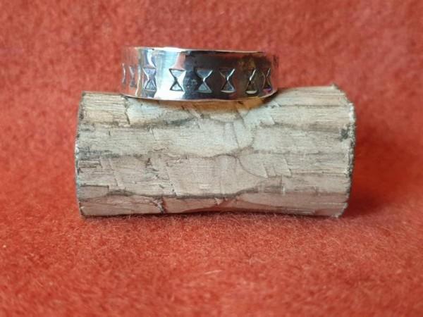 Wikinger Finger - Ring aus Silber, Modell 2