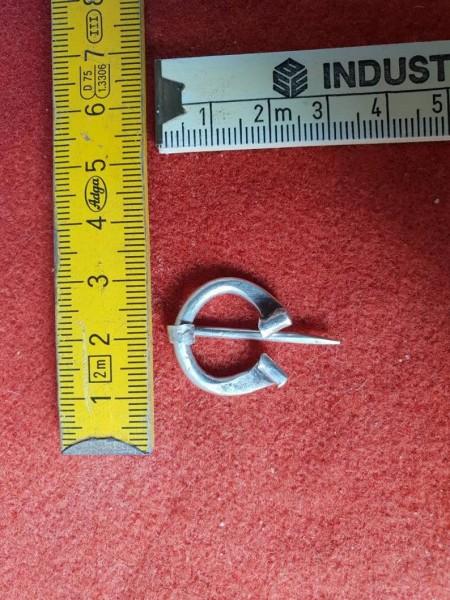 Omega Fibel 935er Silber, klein